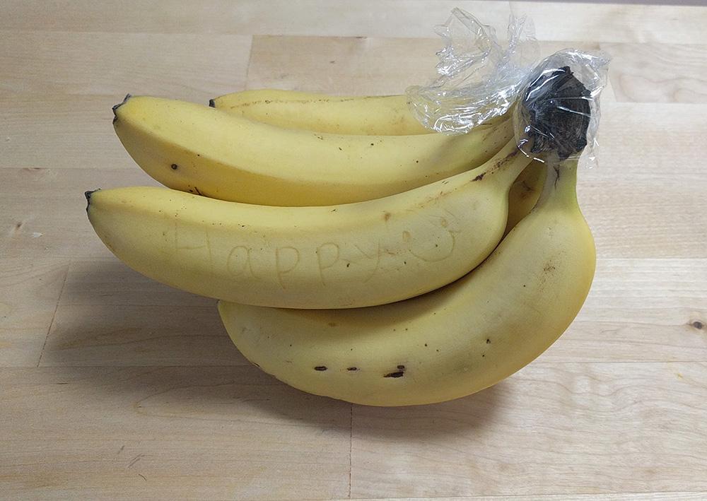 写真:バナナペン使用