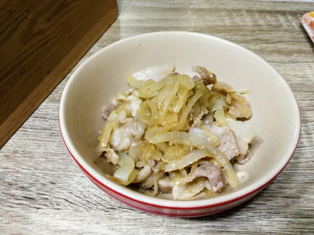 写真:黄金の味 さわやか檸檬(レモン)で作った炒め物